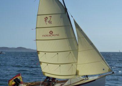 Sailing and rowing boat